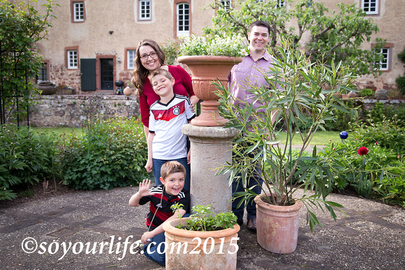 mcdfam_bruchcastle_planter_soyourlifeimages_wm_blog